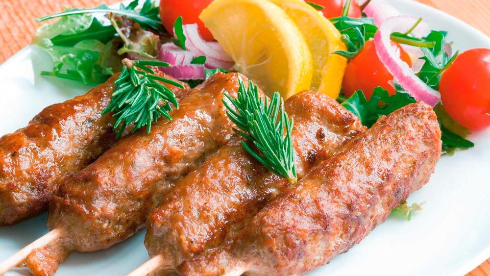 Праздничныеы мясных блюд с фото