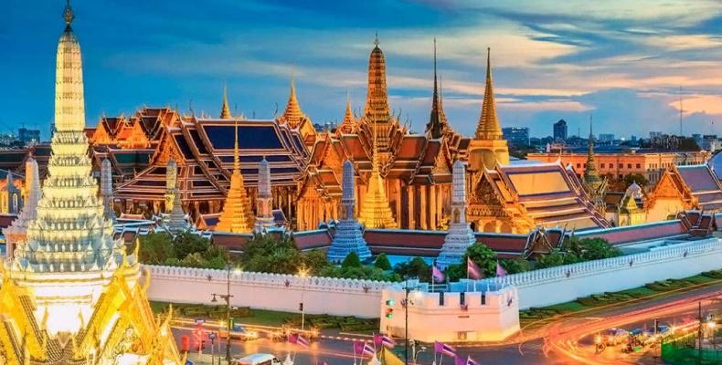 Храм Изумрудного Будды и Большой Королевский дворец