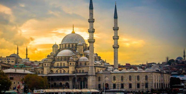 Мечеть Ени в Стамбуле